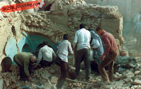 مردم نجیب و مقاوم  دزفول در حال جست و جوی عزیزانشان از زیر آوار